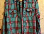 Μάρκα πουκάμισων για την κοπέλα Hollister