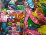 Balloons in a pack of 100 pieces