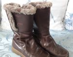 Winter boots size 33