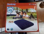 Inflatable mattress 203 * 152 * 22cm Bestway
