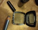 Cosmetics shadow + tone!