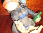 Figurine monkey