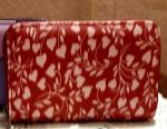 Purse with a pattern