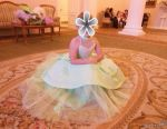The dress is elegant 128-158 cm