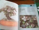 Книга (квіти з дроту).