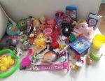 Bir sürü küçük oyuncak