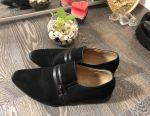 Shoes size 39
