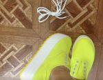 Sneakers ???