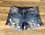 Pantaloni scurți de ocazie