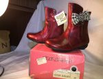 Half boots new 26,27, 28, 30 size
