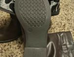 New women's boots, 39.