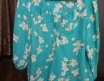 Women's blouses and blouses. size S