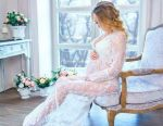 Peignoir for a photo shoot for pregnant women