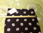 New skirt size 32 with daisies
