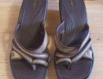 Sandale marimea 38
