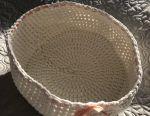 Knitted basket new, diameter 30 cm