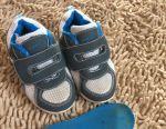 Unichel Sneakers
