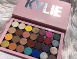 Kylie Magnetic Palette