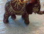 Elefant nou realizat manual