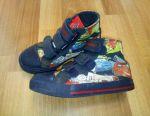 Wheelbarrow sneakers, size 29, 18 cm on the insole