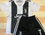 Futbol formları Juventus, Ronaldo, yeni.