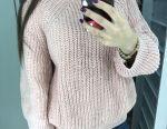 Ροζ πλεκτό πουλόβερ