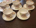 Set de ceai pentru 5 persoane.