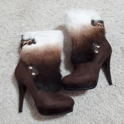 Shoe boots new natural fur, 37-37,5 size