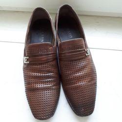Pantofi de vară 45 de dimensiuni.