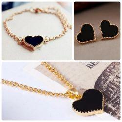 Set of black hearts