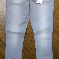 НОВЫЕ джинсы на 134-140
