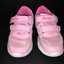 Αθλητικά παπούτσια 28 rr