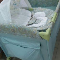 Кровать-манеж,шезлонг
