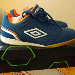 Futsal yeni ayakkabılar.