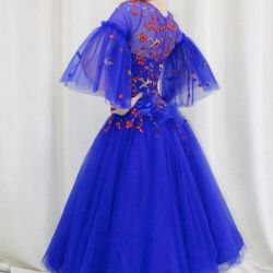 New ball gown Standard / rental available