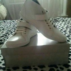 New sneakers 41 size