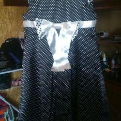Φόρεμα για ένα κορίτσι 6-8 ετών