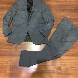 Αρχικό κοστούμι Ketroy