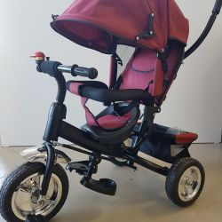 Anne için saplı üç tekerlekli bisiklet