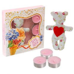 A set of toys and 3 candles