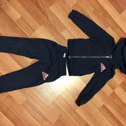 Suit for a girl, with a hat. Adidas