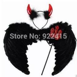 Φτερά. Μαύρη φορεσιά διάβολος / δαίμονας