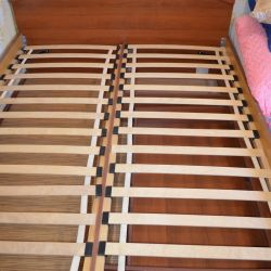 Bed of Excellent Condition!)