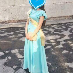 Платье (новое).