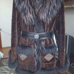 Πολύ αποτελεσματικό παλτό από δέρμα προβάτου (νέο)