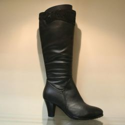 107. Winter leather boots, nat.meh r.36
