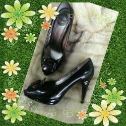 Πουλάω παπούτσια από δέρμα. Μέγεθος 38