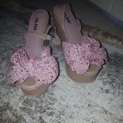 Alba Leather Sandals