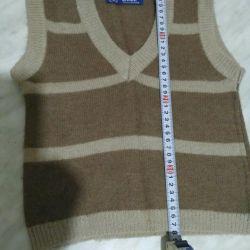 Children's woolen vest