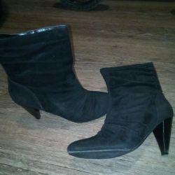 Черевики деми 39 взуття чоботи